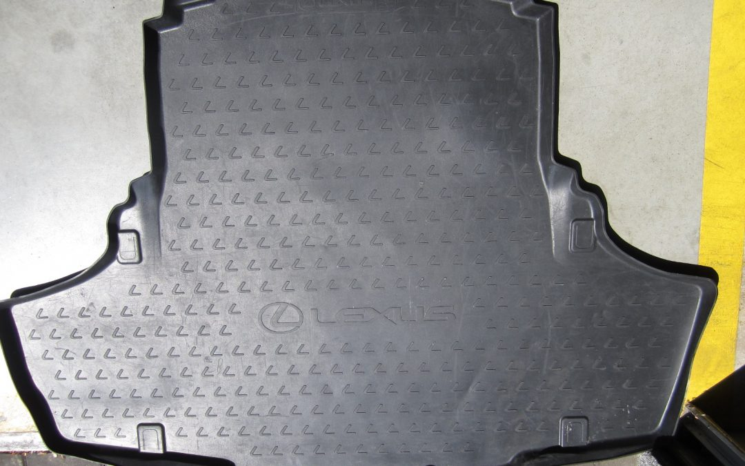 Gumová vana kufru – Lexus GS 75 % sleva